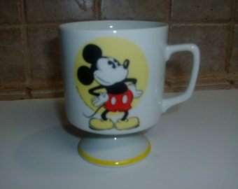 Vintage Walt Disney Mickey Mouse coffee cup