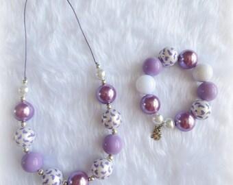 Easter Bunny Rabbit Bubblegum Necklace and Bracelet Set (Purple)