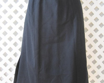 PENDLETON Skirt Size: 9 - 10 Young Women's Girls Pure Virgin Wool Solid Made in USA Vintage Skirt73