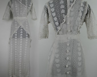 1910's Edwardian Eyelet Cotton & Lace Lawn Dress - Edwardian Embroidered Tea Gown