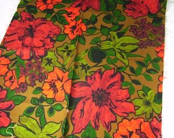 "Fabric Decorator Cotton Mod Big Bold Flower Red Green Hawaiian Hibiscus 1/2 yd x 54"" Wide"