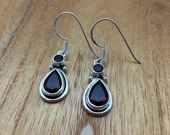 Garnet Teardrop Silver Earrings // 925 Sterling Silver // Hook Backing // Bali Design