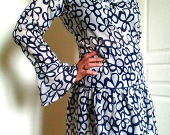 Bohemian blouse long-sleeved, cotton voile and silk tunic, dress romantic blue flowers, Veil, pagoda-sleeved summer blouse