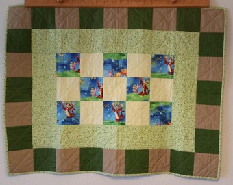 Winnie the Pooh Baby Quilt