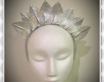 Silver leather head crown