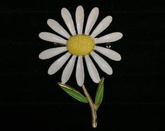 vintage retro daisy pin