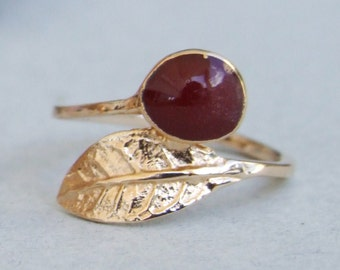 Gold Leaf Ring, Red Stone Ring, Gold Ring, Yellow Gold Ring
