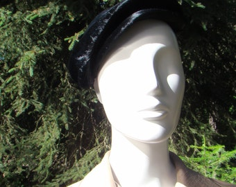 1930s Black Velveteen Fisherman's Cap