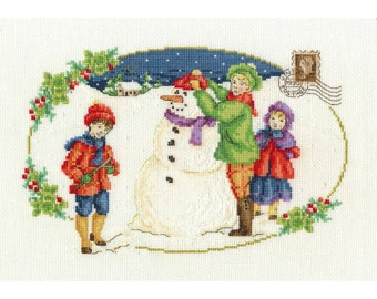 DMC Christmas 2015: Building A Snowman Counted Cross Stitch Kit - 30 x 20cm