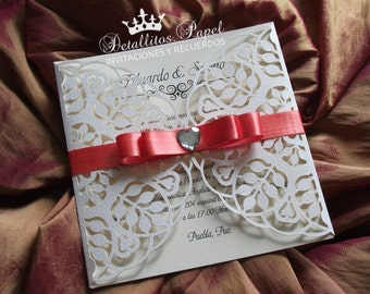 Wedding Invitation Quinceanera Invitation Gatefold Invitation, Laser cut 30 invitations