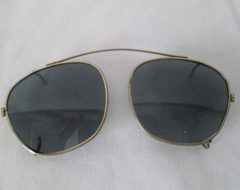 Vintage Men's aviator Flight Sunglasses Clip on Shades
