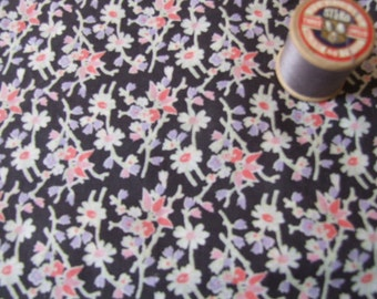 vintage floral cotton length of dressmaking fabric
