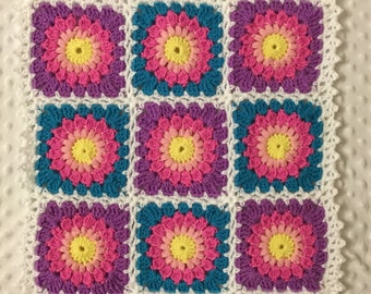 Littlebits Newborn Baby Crocheted Rainbow Starburst Granny Square Mini Layer Blanket/Coverlet - Handcrafted in Australia RTS