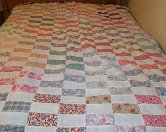 SALE! Vintage Feed Sack Signature Autograph Quilt Top  with Novelty Fabric Made in Quilting Bee