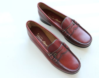 Etienne Aigner leather loafers in Oxblood, size 8.5 womens, vintage