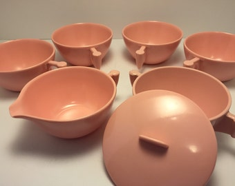 1950's Genuine Melamine Cups w Sugar Bowl and Creamer Boat / Pretty in Pink / Made by Meldale Mid Century Vintage