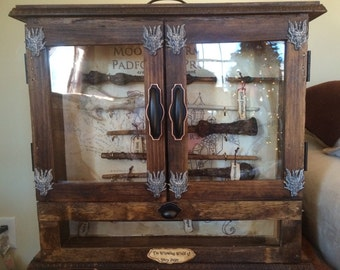The Wizarding World Of Harry Potter Wands And Display Case