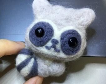 Little Raccoon Magnet 【needle felt】