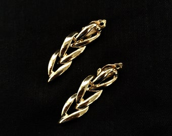 Vintage earrings, braided earrings, gold tone metal earrings, fashion earrings