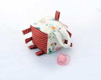 Organic Crinkle Baby Activity Block Kapok fibre Organic fabrics