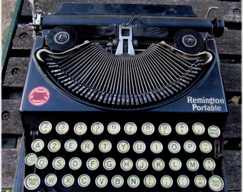 French Remington portable Antique typewriter, selling for restoration, spares repairs.