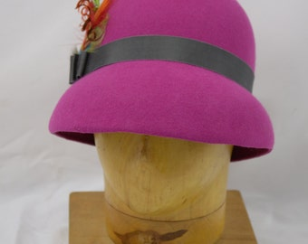 Fuchsia wool felt Hat