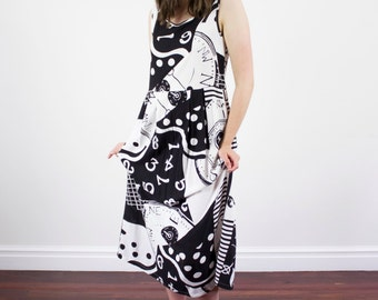 Vintage Graphic Dress / Black and White / CLOCK Compass Novelty Print / Maxi Dress / S/M