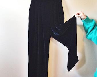 Mod Velvet Palazzo Pants // Wide Leg Pants with Pockets // High Waist Velvet Pants // Pleated Front