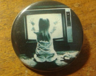 """poltergeist """"they're here"""" 1.25"""""""
