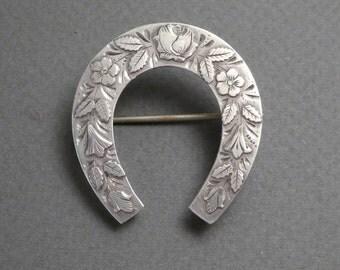 Birmingham silver horse shoe pin c 1911
