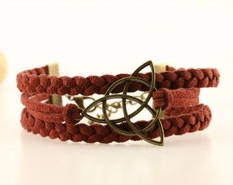 Celtic triquetra bracelet Irish knot bracelet Celtic jewelry Triquetra knot bracelet for men Trinity knot Celtic symbol bracelet for women
