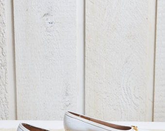 90s Salvatore Ferragamo White Leather Flats • 5