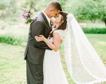 Lace Wedding Veil with Chantilly Lace