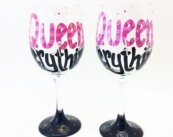 Queen of Everything Wine Glass / Custom Painted Glassware / Birthday / Personalized / Pink Black / Name / 30th 40th 50th