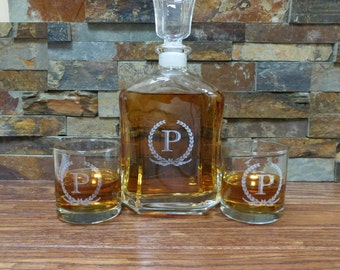 Personalized Whiskey Decanter with Whiskey Glasses - Tumbler- Groomsmen Gift- Best Man Gift- Grooms Gift- Gifts for Men - Christmas - Vodka