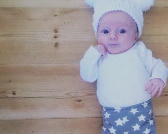 Crochet Bobble Hat ~ Baby Hat ~ Newborn Hat ~ Baby Bobble Hat ~ Double Pom Pom Hat