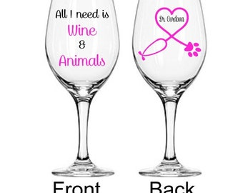 Veterinarian Appreciation Glass, Veterinarian Gift, Vet Gift, Gifts For Veterinarian, Veterinarian Wine Glass, Vet Tech Gift, Vet Student