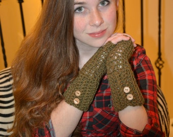 Olive Button Accent Fingerless Gloves