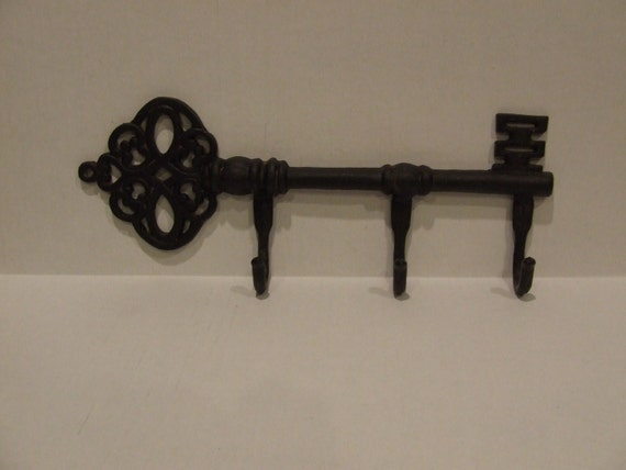 Key hooks metal key hooks iron wall decor hook key for Mural key holder