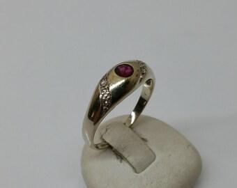 Gold Ring 585 Ruby and diamond splitter GR183