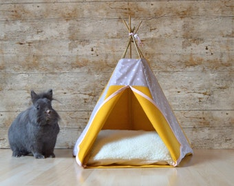 tipi chat tipi chien motif montagne sapin orange par hiptepeehooray. Black Bedroom Furniture Sets. Home Design Ideas