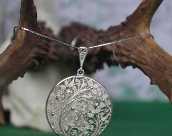 Vintage Floral Filigree Sterling Silver Pendant/necklace