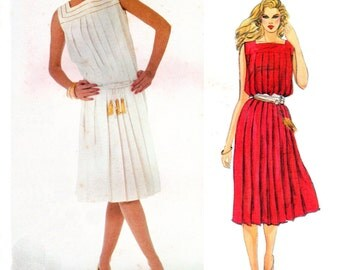 80's Vogue Designer Original 2929 Gianni Versace Loose Fitting, Pleated, Sleeveless, Pullover Dress Sewing Pattern Size 10