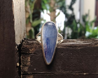 Size 8 // Kyanite sterling silver ring