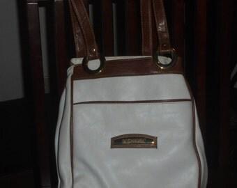 BECHAMEL White & Tan Shoulder Bag