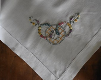 Vintage Hand Embroidered Tablecloth - Square Tablecloth - Farmhouse Style