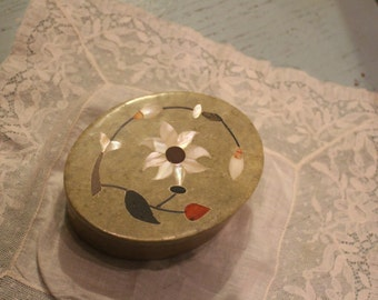 Vintage Fetco Soapstone Trinket Box/ Jewelry Holder with Floral Design Shell Inlay