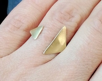 brass ring, triangle ring, handmade ring,