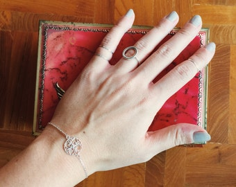 Sterling silver antique flower charm bracelet, Silver symmetrical charm bracelet, Flower charm bracelet, Dainty bracelet (B19)