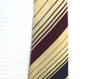 PIERRE CARDIN 1980's, beige and Burgundy - VINTAGE 1980s silk tie